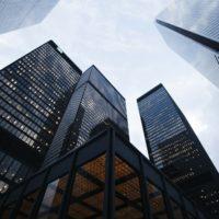 Immobilien oder Aktien